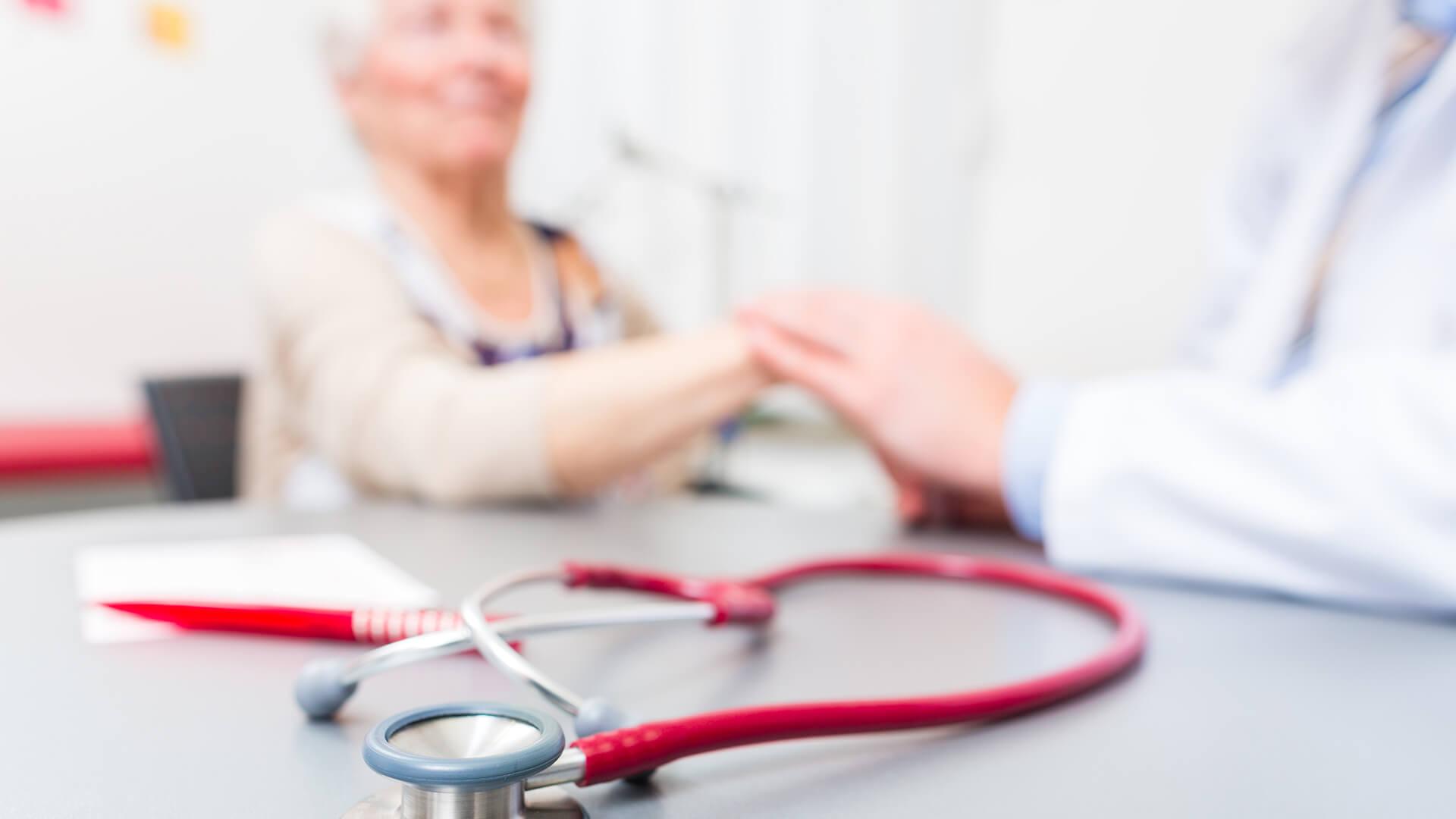 Hybrydowa rehabilitacja kardiologiczna – poznaj jej zalety